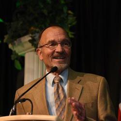 Dr. Bob Keller speaking at the CSU Honors Graduation